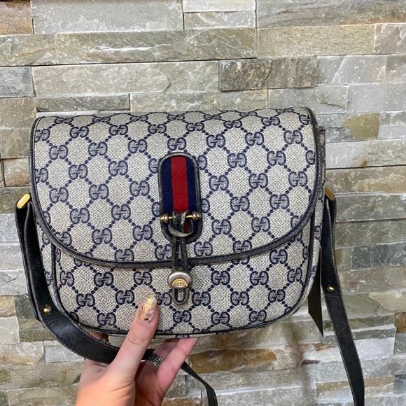 ❤️🔥sold❤️🔥Gucci Sherryline Sling bag